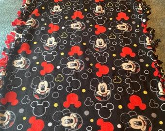 Mickey Mouse Fleece Blanket/No sew fleece blanket/Disney blanket