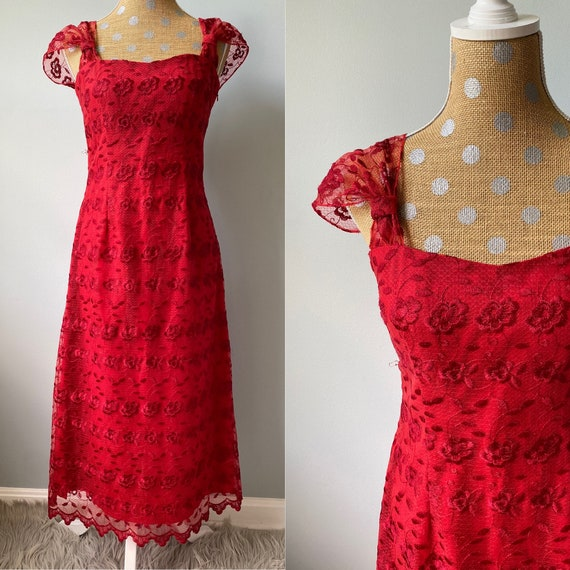 Vintage 1980's: Rose Red Lace Dress