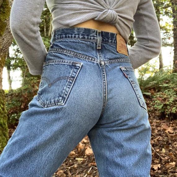 Vintage 90s Levi's 550 Jeans
