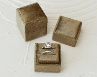 Forest Square velvet ring box