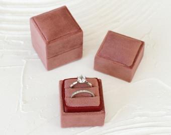 Mauve Square Velvet Ring box