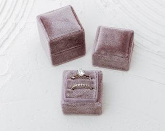 Lavender Square Velvet Ring Box