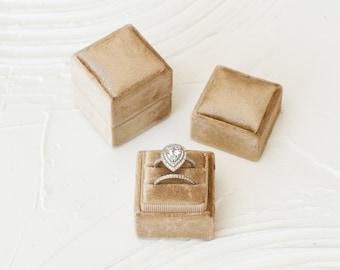 Latte Square Velvet Ring Box