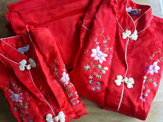 Embroidered Girl's Silk Pyjamas Made in China, You