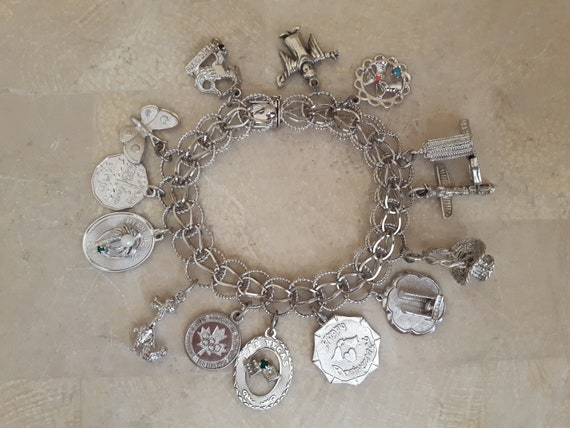 Vintage Sterling Silver Charm Bracelet with 14 Ch… - image 5