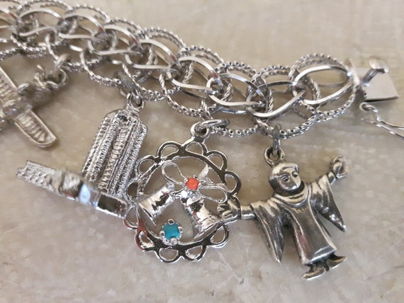 Vintage Sterling Silver Charm Bracelet with 14 Ch… - image 9