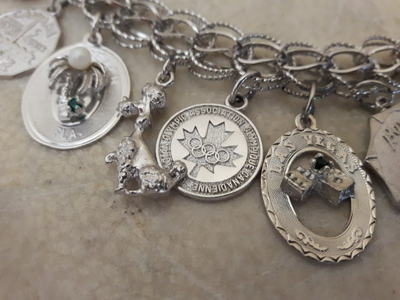 Vintage Sterling Silver Charm Bracelet with 14 Ch… - image 7