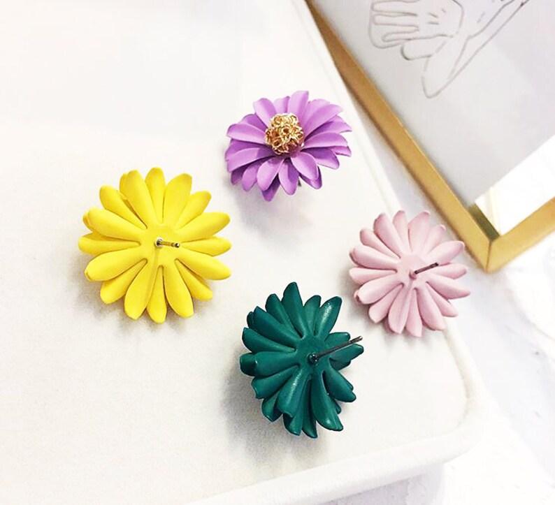 Clay Daisy Flower Stud Earrings Fashion Jewelry