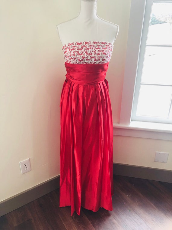 Vintage 1970s Union Made Prom or Holiday Formal Dr
