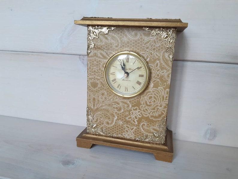 Horloge de cheminée d'or, horloge de chariot, horloge de cheminée, horloge permanente, horloge de cheminée, horloge d'or rétro, horloge de bureau de cru, horloge en bois