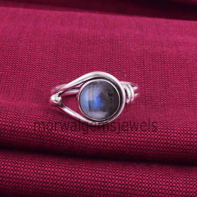 Boho Ring Fidget Ring Meditation Ring Natural Labradorite Ring Women Ring. Artisan Ring Labradorite Silver Ring Blue Labradorite Ring