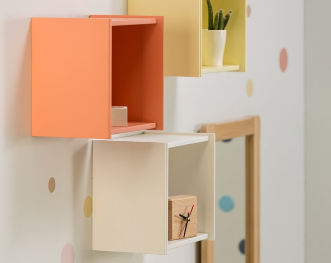 Multifunctional small shelf