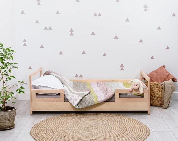 Montessori floor bed with slats