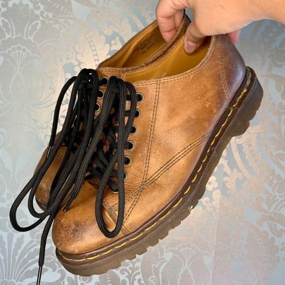 Dr. Martens Vintage 8019/34 Leather Oxford Shoes
