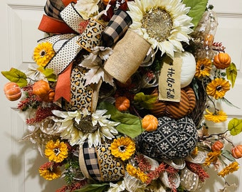 Fall front porch decor, fall front door wreath, fall diy decor, autumn wreath, autumn wall decor