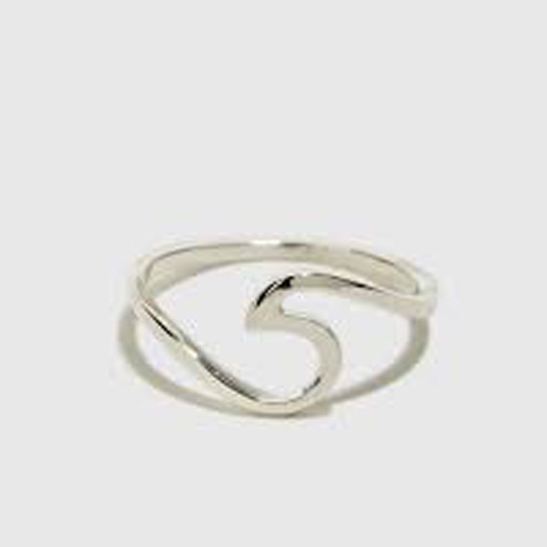 Dainty Ring Promise Ring Mothers Day Gfit Ring Birthday Gift Ring Delicate Ring Wave Ring Vintage Ring 925 Sterling Silver Curve Ring