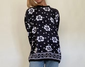 70s 80s Vintage Retro Black and White Abstract Floral Print Knitwear Pullover Mixed Sweater Unisex Sustainable Cloth