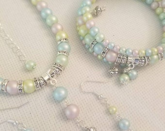 3 Piece pretty pastel colored beaded necklace, bracelet with matching earrings 22.99 Free Shipping and Handling