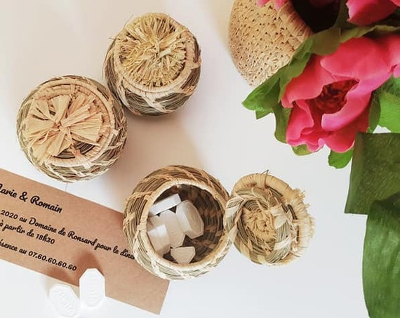 Favors for rustic, summer, romantic, wedding baby shower, baby 1st birthday , baptism party -  handmade in natural raffia