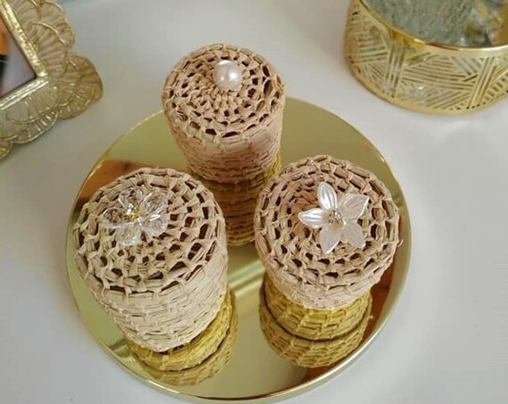 Elegant and minimalist encrusted jewellery box handmade with raffia - Pack of 3 boxes for necklace, ring, bracelet