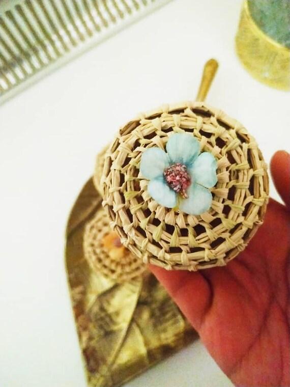 Boîte à bijoux HAIDI pour ranger bracelet, bague, broche, collier - Raphia fait-main