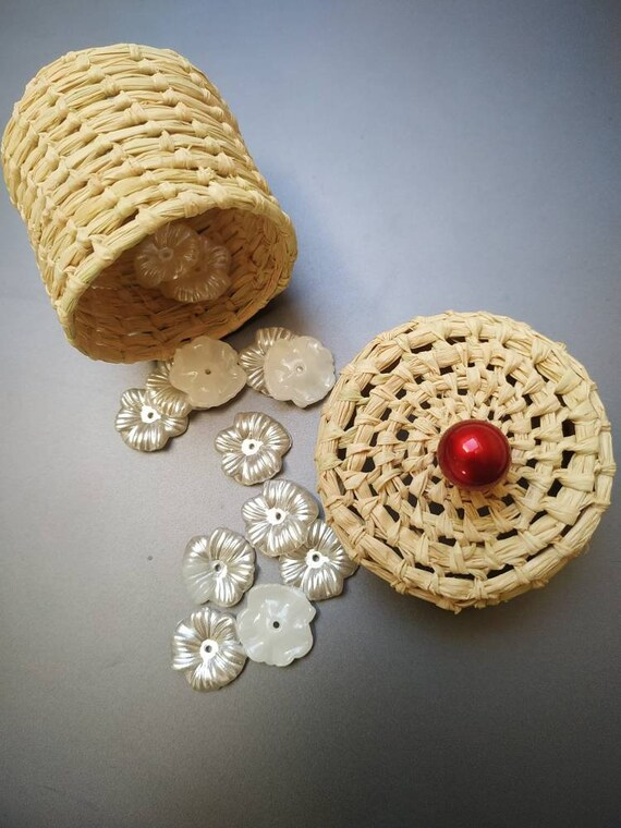 Favor & pearl for romantic,greenery, rustic wedding, 50th wedding anniversary decorations birthday guest gift - handmade raffia