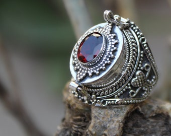 925 Silver Plated Brass Poison Box Combo Set of Pillbox Jewelry Turquoise Pendant /& Red Garnet Ring Handmade Dainty Poison Jewelry