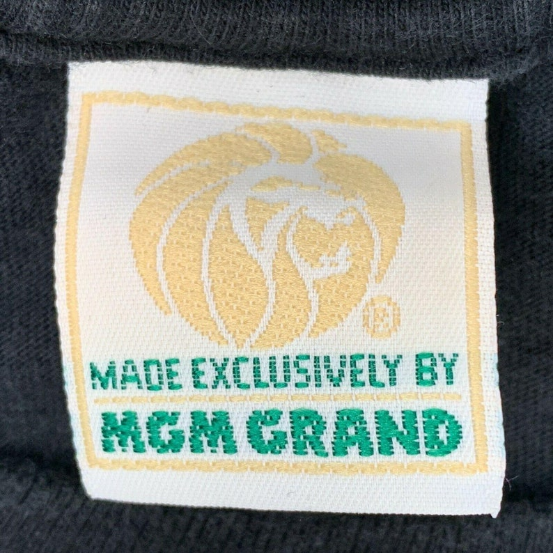 Vintage 1993 MGM Grand Las Vegas Medium T Shirt Hotel Casino Theme Park USA Made