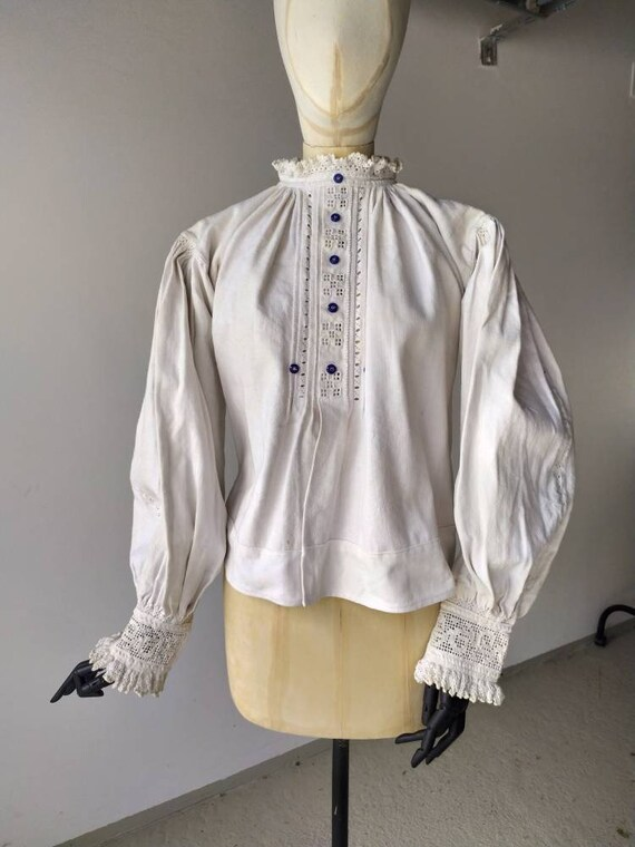 Antique linen Romanian blouse with puffed sleeves