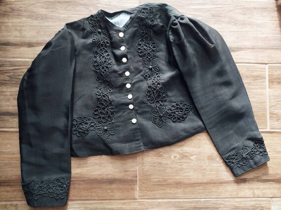 Antique 1920 black folk Hungarian embroidered blou