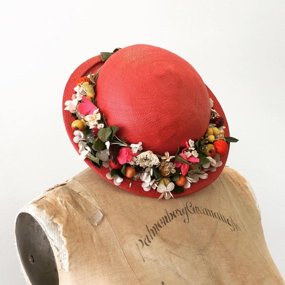 1950s 60s Vintage RED STRAW & FLORAL Wreath Hat 19
