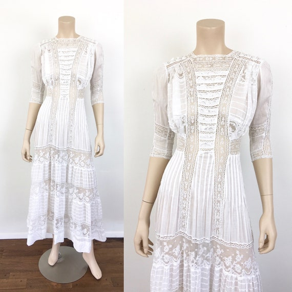 Antique EDWARDIAN White COTTON & LACE Lawn Dress