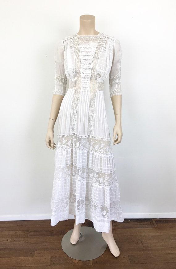 Antique EDWARDIAN White COTTON & LACE Lawn Dress - image 2
