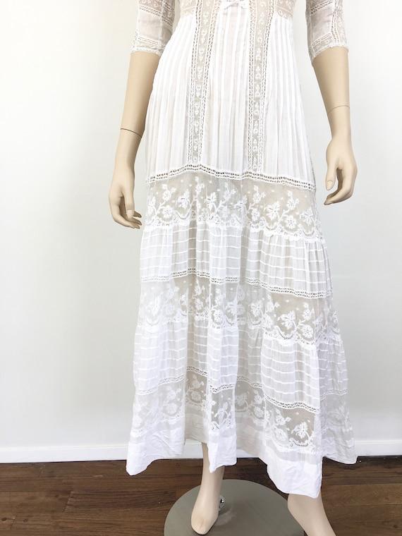 Antique EDWARDIAN White COTTON & LACE Lawn Dress - image 5
