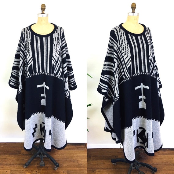 1980s Vintage OVERSIZED BLANKET Coat Sweater Cape