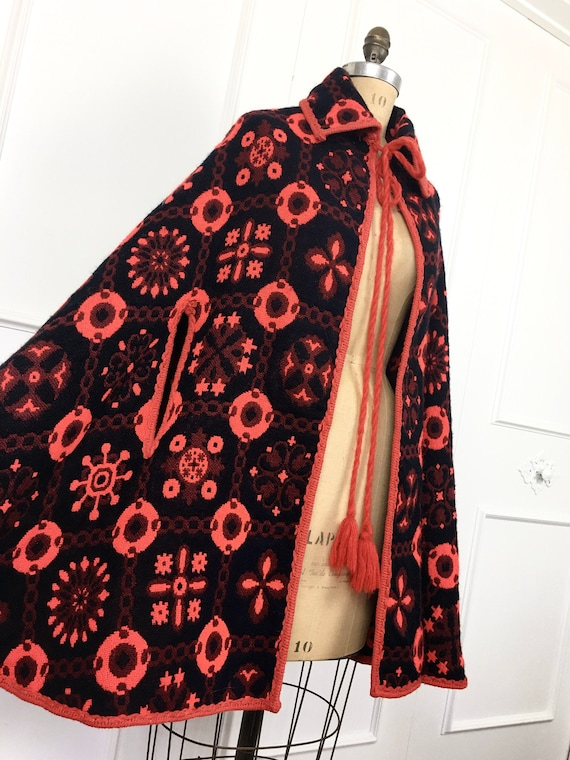 1960s 1970s Vintage BOHEMIAN Red & Black Woven TAP