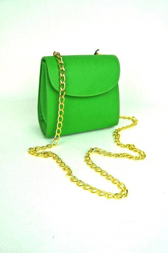 90s Vintage Bright LIME Green PEBBELED LEATHER Gol