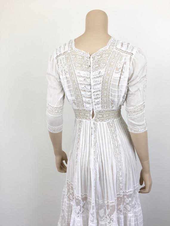 Antique EDWARDIAN White COTTON & LACE Lawn Dress - image 10