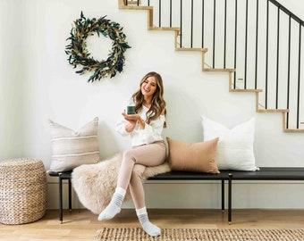 JoJo Fletcher x Etsy 'A Cozy Christmas Candle'