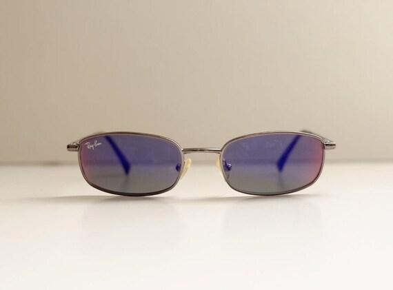 Vintage Authentic Rayban Sunglasses / Vintage Icon