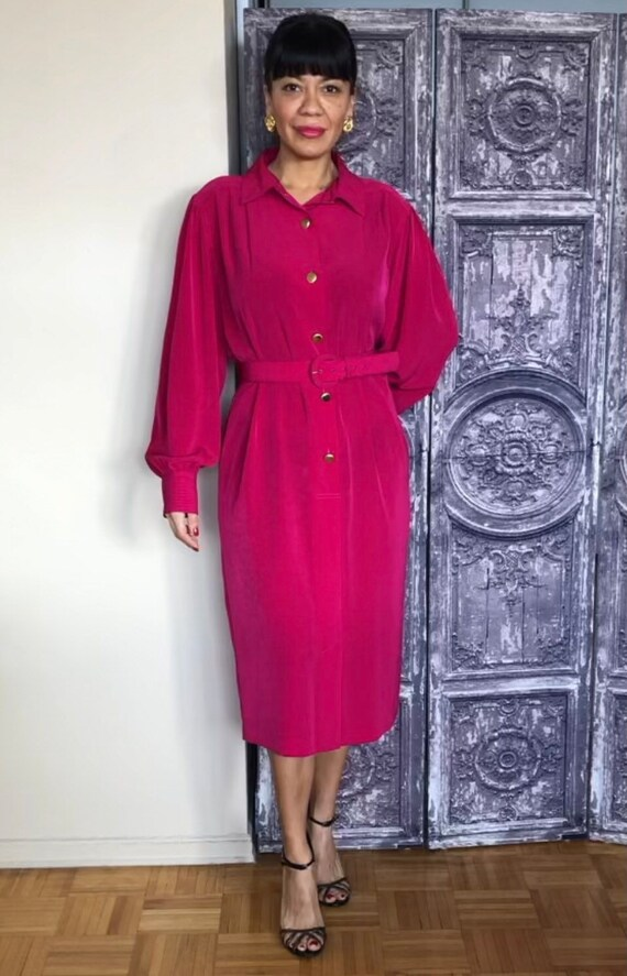 1980's Vintage Rouie fuchsia Belted Tunic Style Dr
