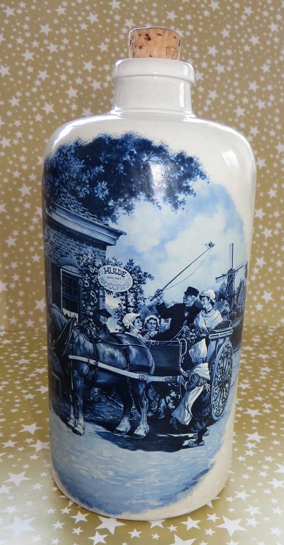Delft Apostel Bottle