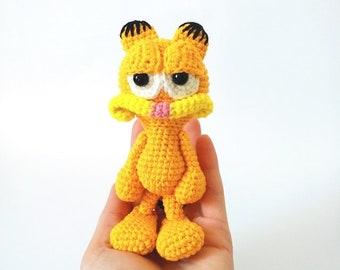 Garfield - free crochet pattern at stringydingding. | Crochet cat ... | 270x340