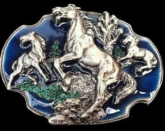 Cowboy And Cowgirl Wild Horse Western Pewter Belt Buckle