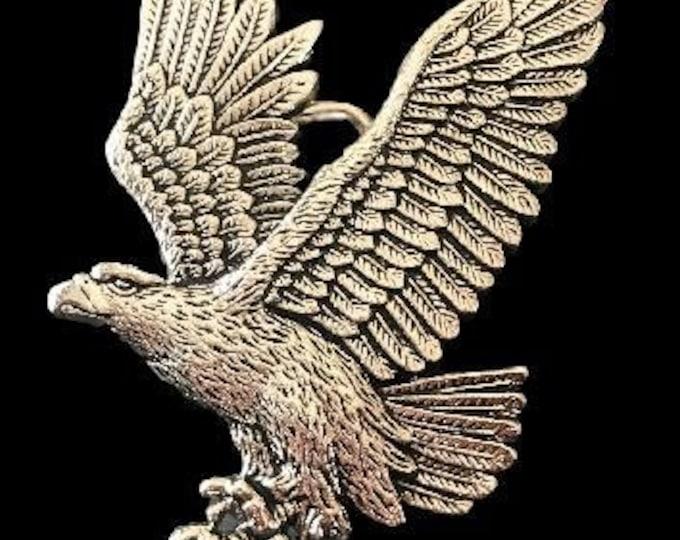 Flying American Bald Eagle Prey Wild Bird Belt Buckle