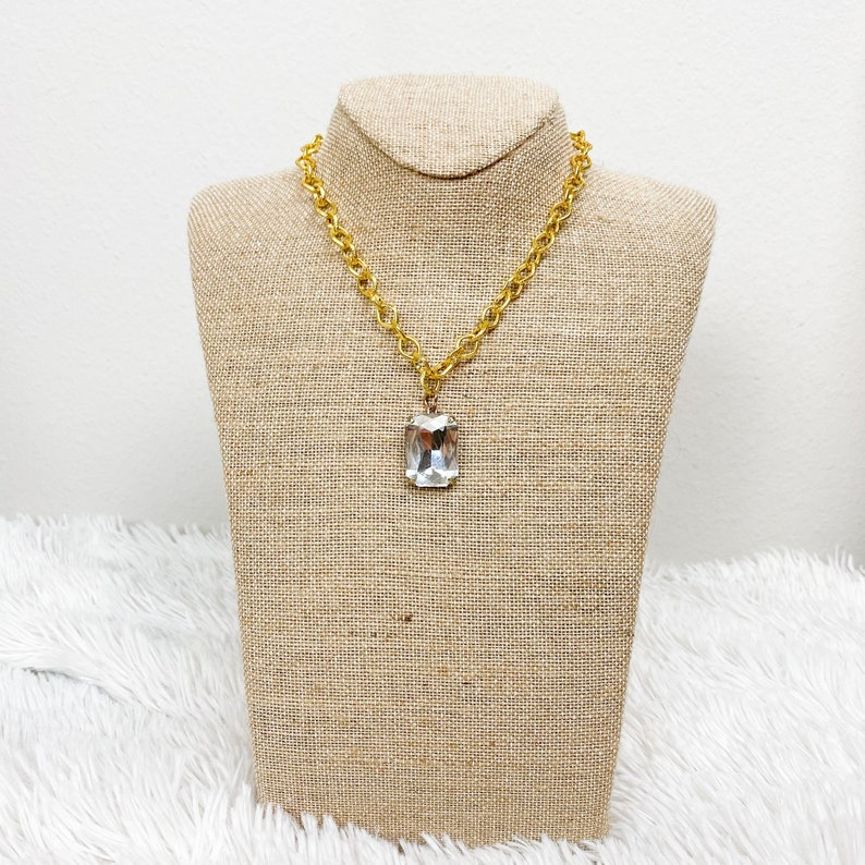 STONE CHARM NECKLACE Pewter Big Stone Charm Necklace Chunky Gold Chain Pendant Lobster Closure Jewelry Accessories