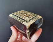Vintage Moroccan Marquetry jewelry box, wooden Moroccan jewelry box, old jewelry box, hand made Moroccan box, vintage Mother of pearl box