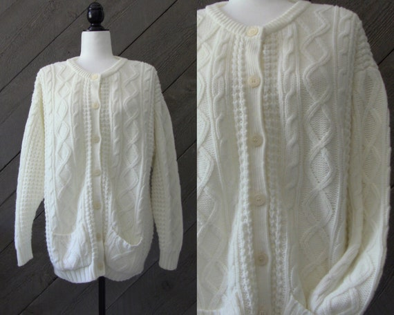 Vintage 90s Cream Cable Knit Sweater /