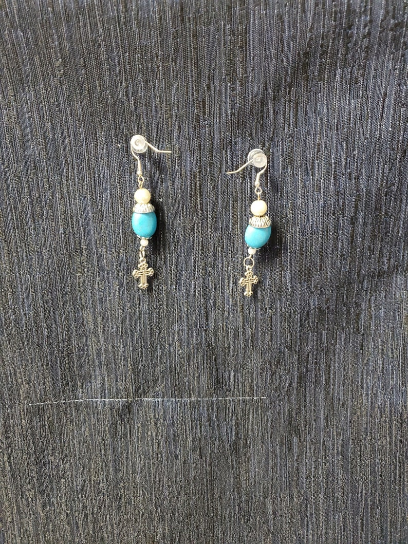 Vintage Turquoise /& Silver earrings