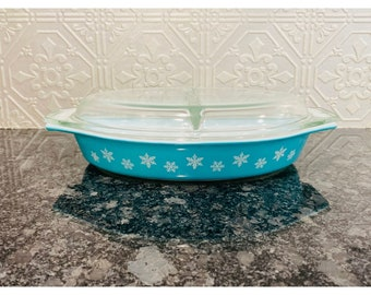 Pyrex Turquoise Snowflake Cinderella Divided Dish with Original Lid.
